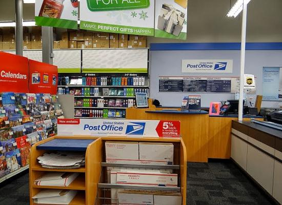 Postal Service Counters Replace Ups Services At 82 Staples